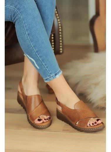 Pembe Potin A047-20 Kadın Sandalet Taba